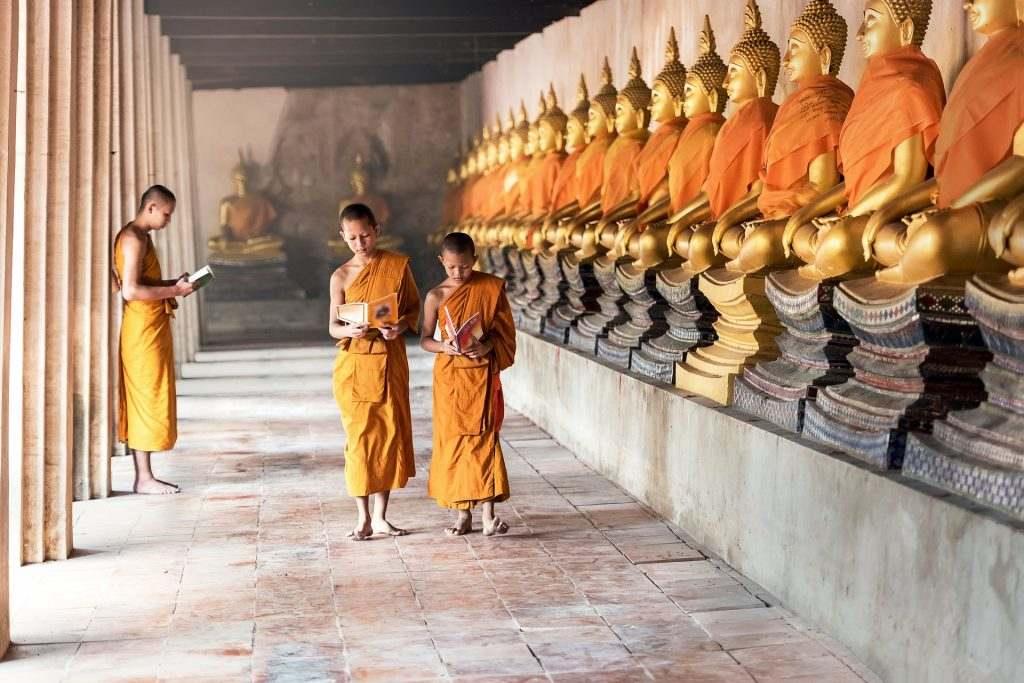 タイの僧侶の画像