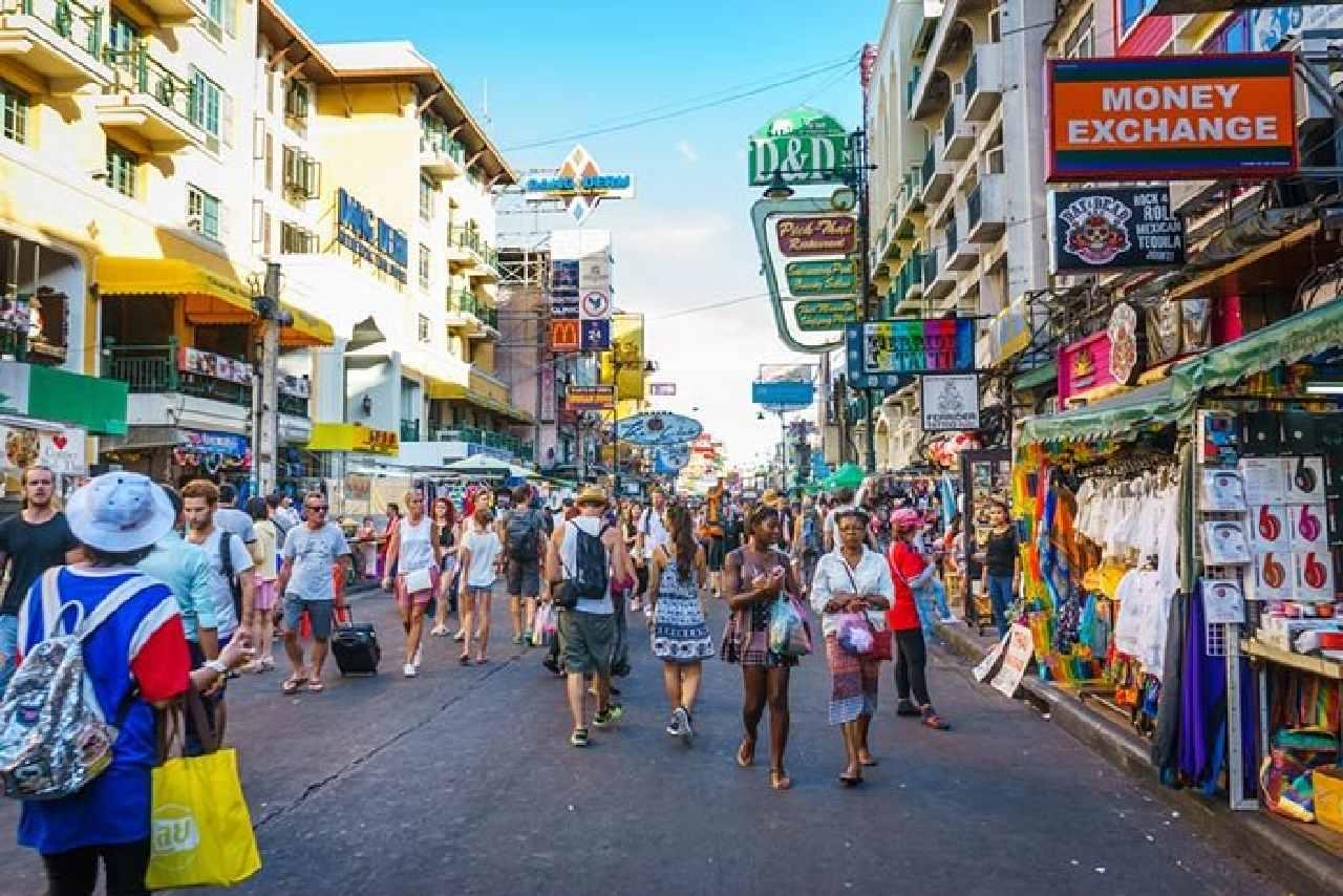 バンコクを旅行している画像